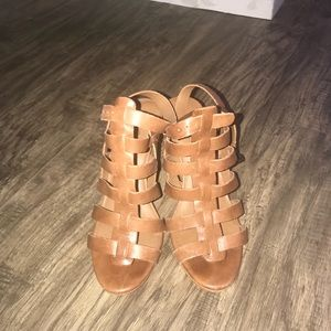 Lucky - tan strappy wedges - lightly worn